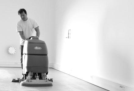 Knöller GmbH | Reinigung für Industrieböden